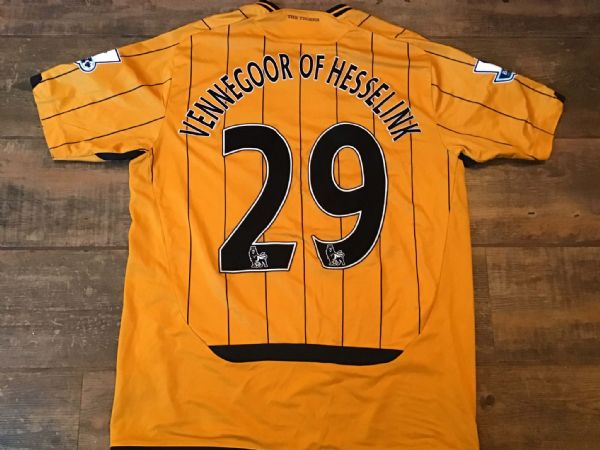 2009 2010 Hull City Vennegoor of Hesselink Player Issue Signed Football Shirt